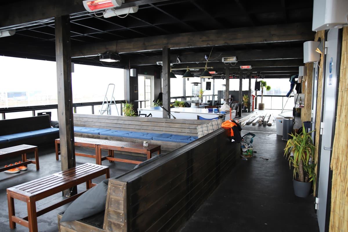 Ravintolalautta Ocean Bar Kotkan Kantasatamassa
