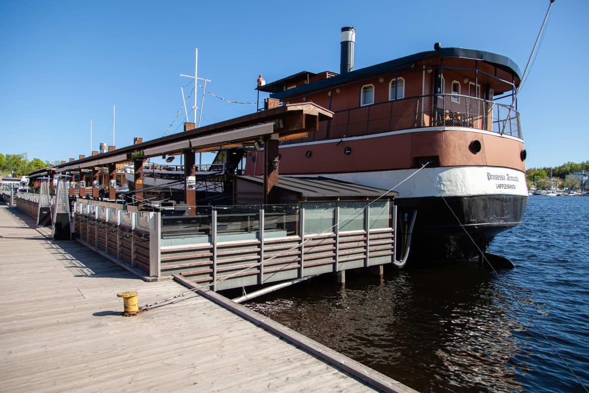 Laivaravintola Prinsessa Armaada.