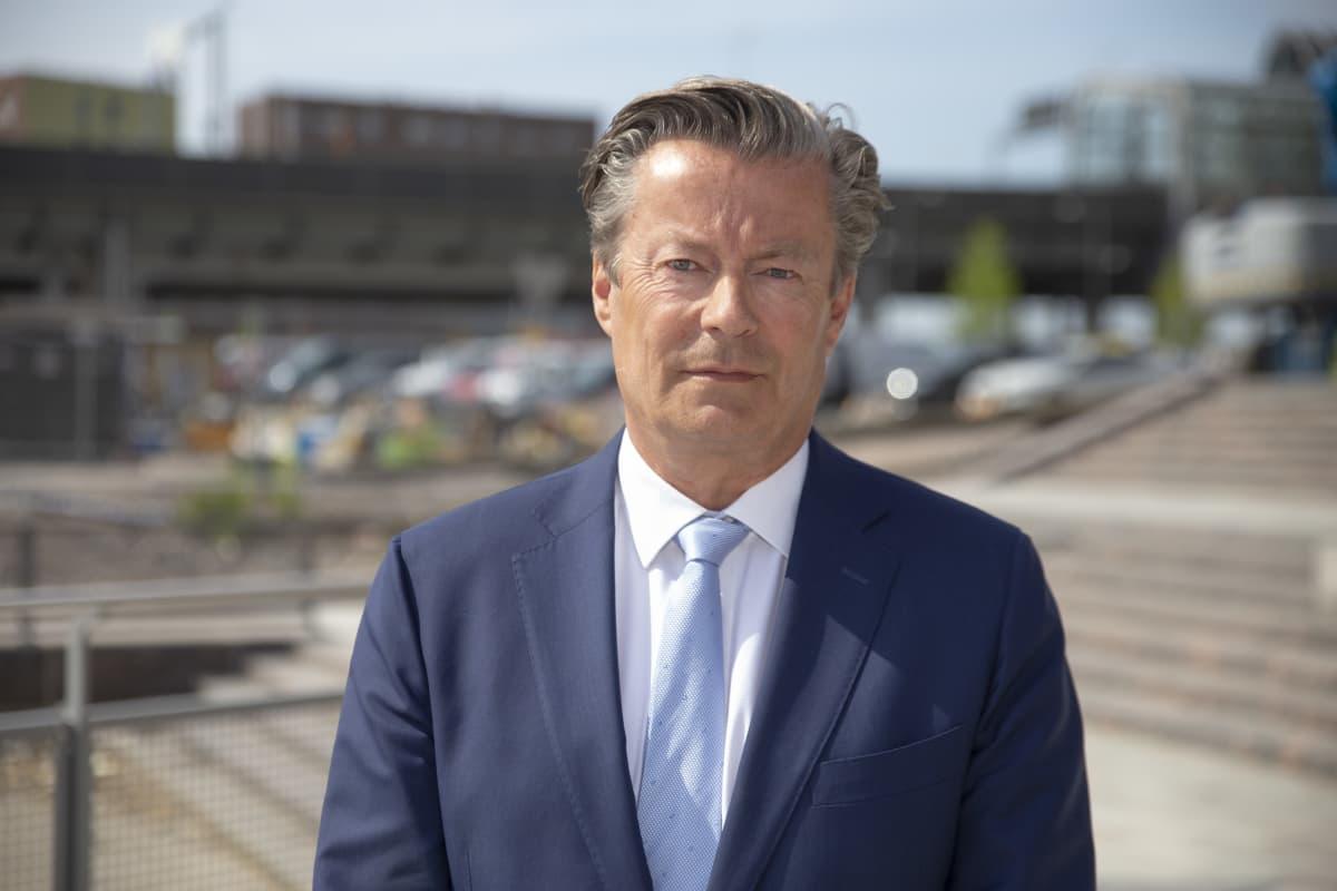 toimitusjohtaja Johan Friman K-Autosta.