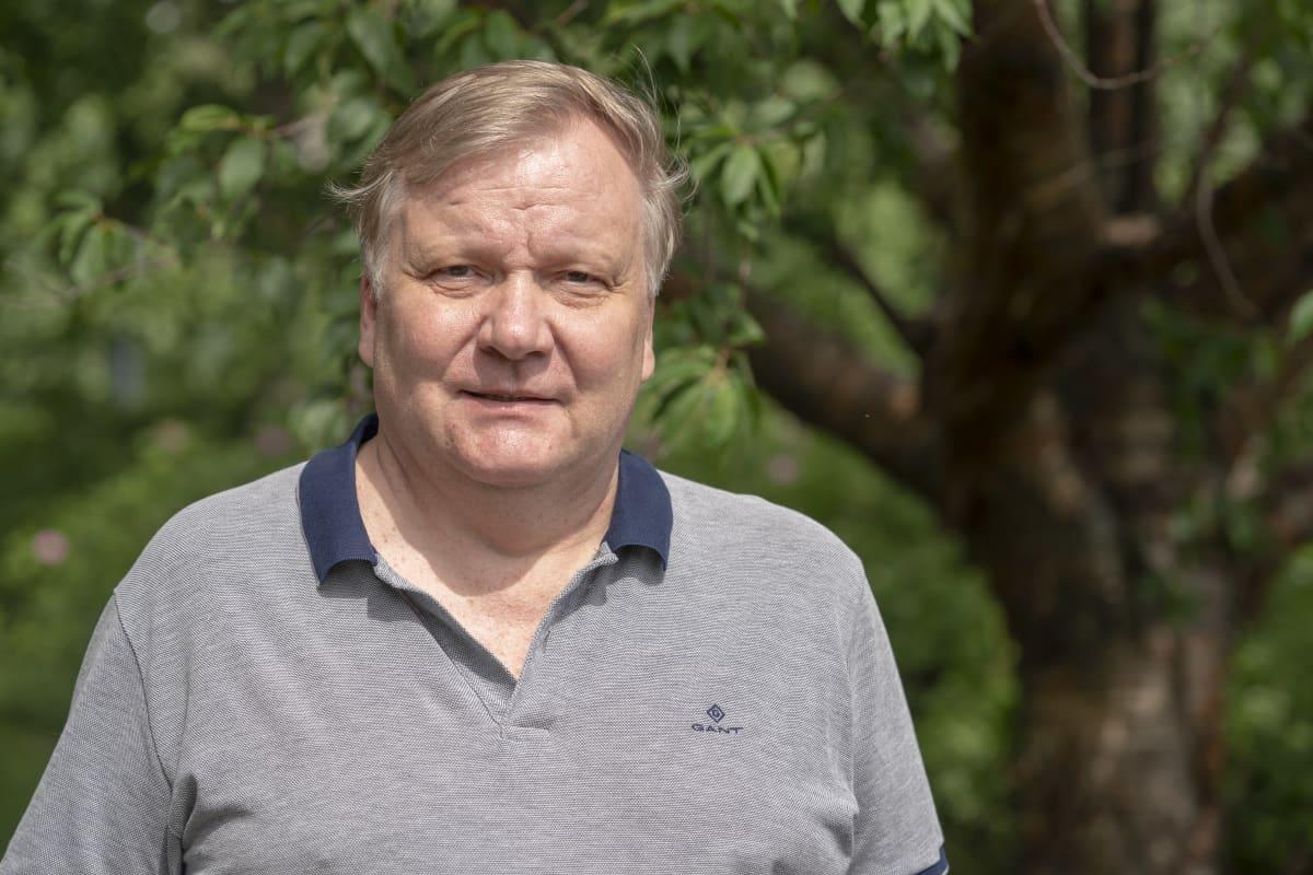 Elias Hakalehto, dosentti, mikrobiologi
