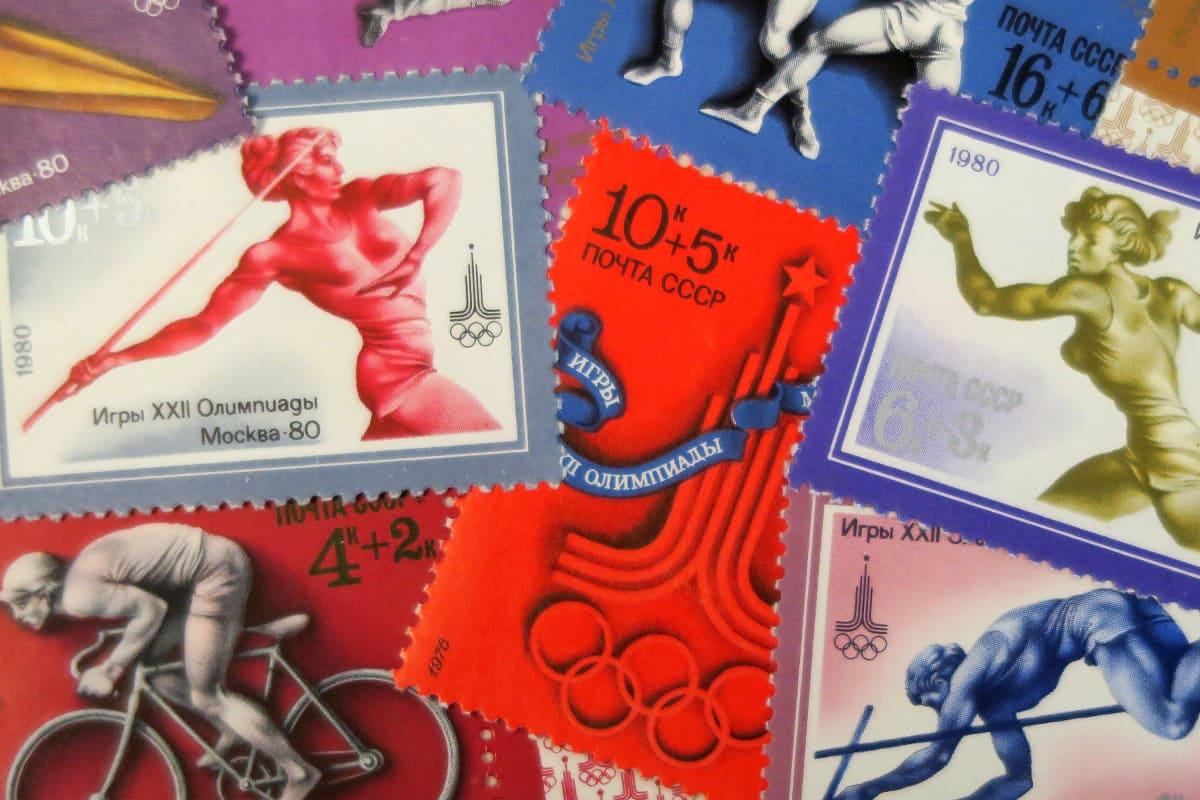 Postimerkkejä Moskovan olympialaisista