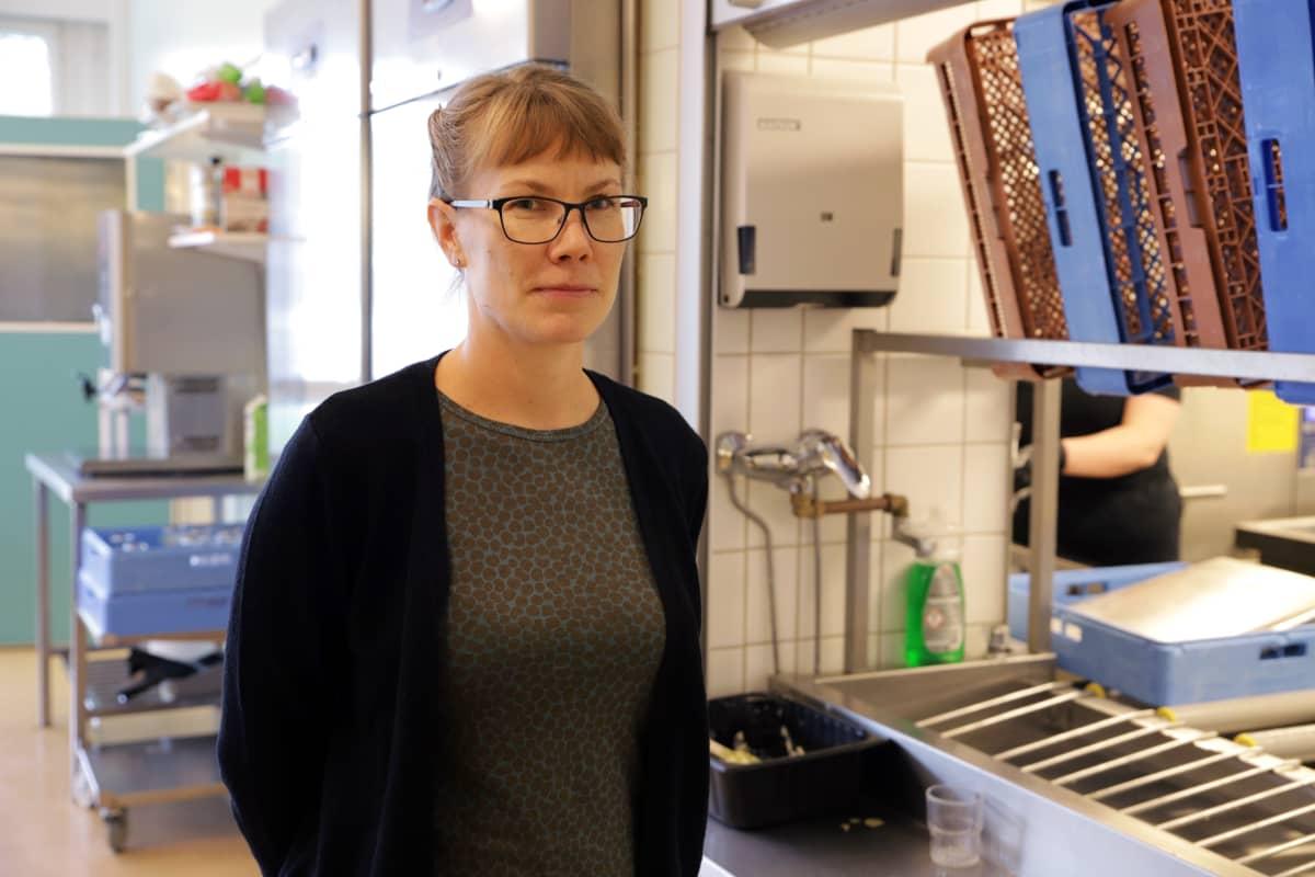 Riihimäen kaupungin ruokapalvelukoordinaattori Niina Niskanen