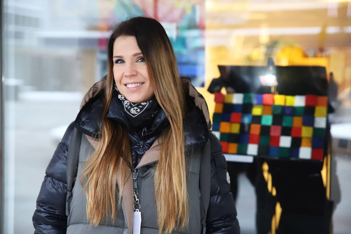 Taidepolku Into:n projektinjohtaja Annika Salmi.