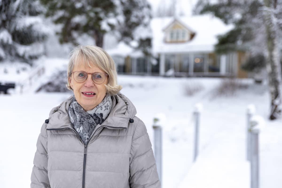 Kiinteistövälittäjä, yrittäjä Maire Sainio, Kiinteistömaailma