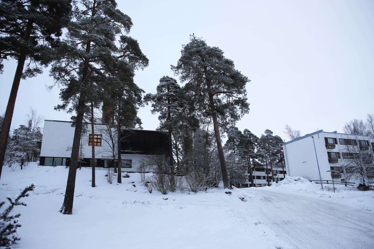 Alvar Aallon sunnittelmia rakennuksia Sunilassa, Kotkassa.