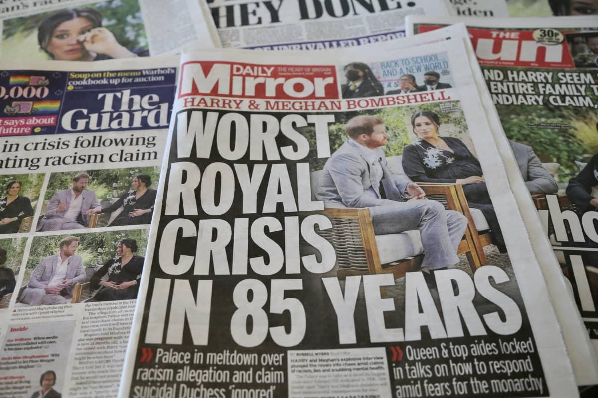 Brittilehdistö keskittyi tiistaina kommentoimaan kuninkaallista kohua.