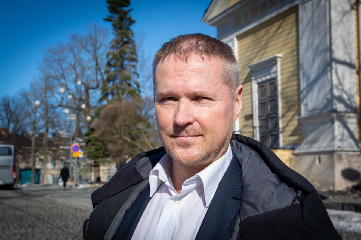 LASSI KALEVA valtuustoryhmän puheenjohtaja, PS
