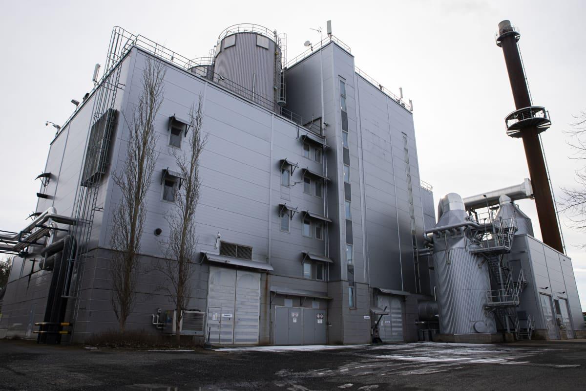 Forssan voimalaitos Kiimassuon jätteenkäsittelyaluella.