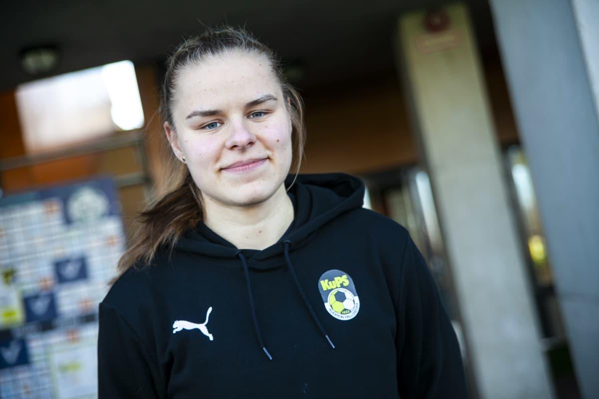 KuPS naisten kapteeni Aino Kröger