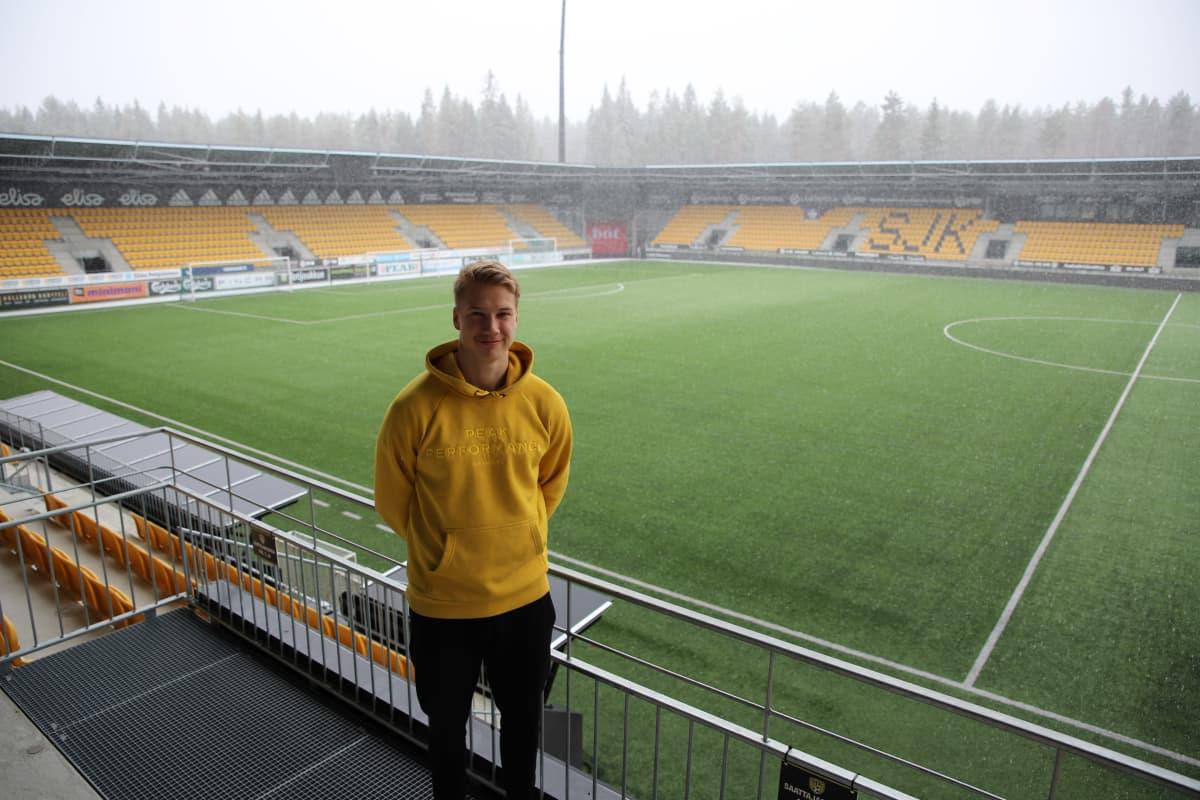 SJK:n puolustaja Matias Vainionpää kauden 2021 kynnyksellä.