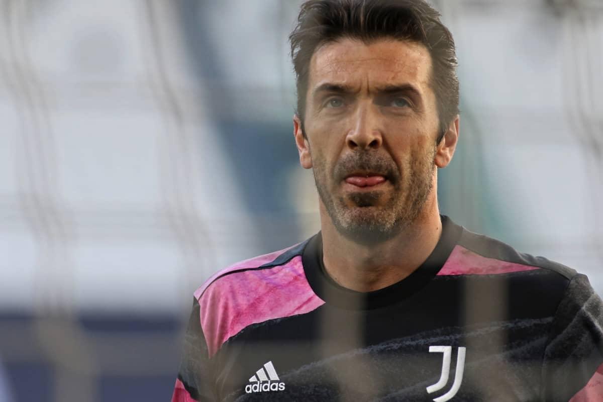 Gianluigi Buffon kuvassa.