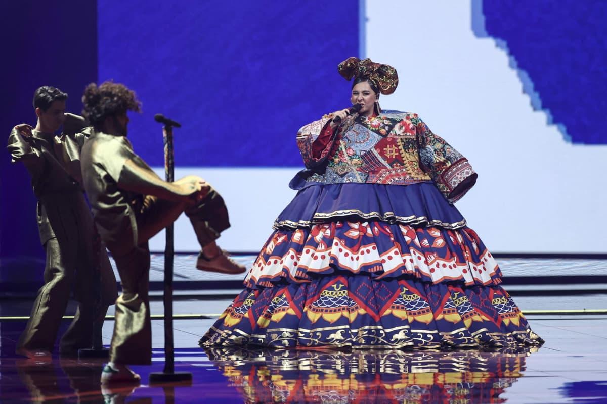 Venäjän ehdokas Euroviisuissa, Manizha, esiintyi ensimmäisessä semifinaalissa.