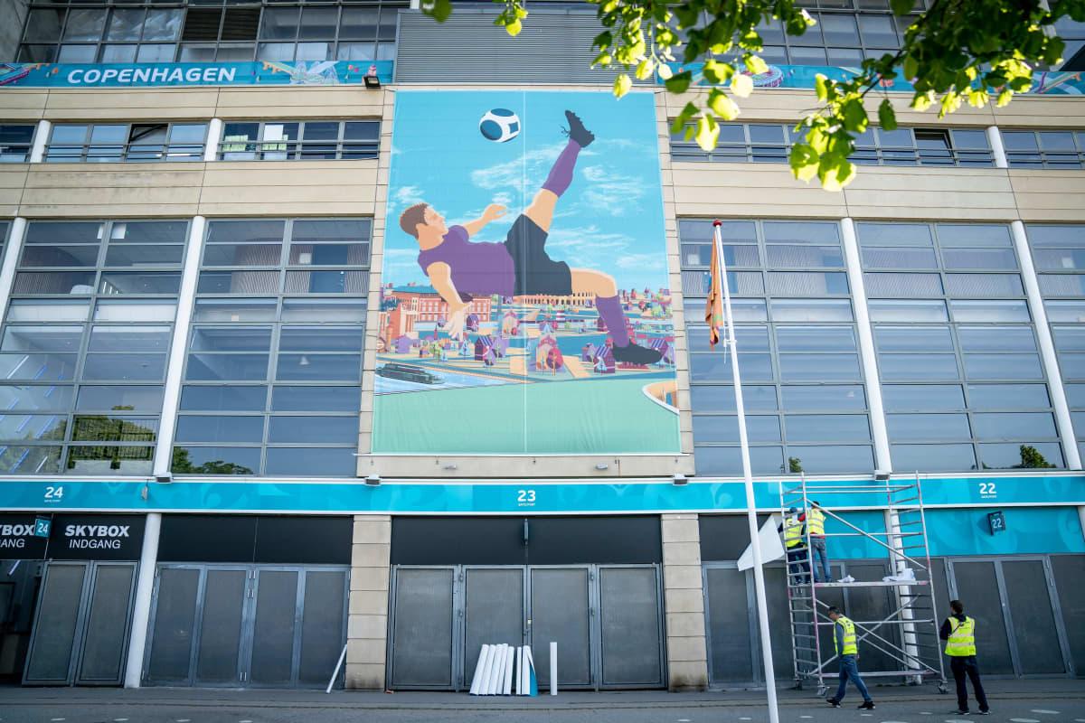 Kööpenhaminan Parken-stadion kuvassa