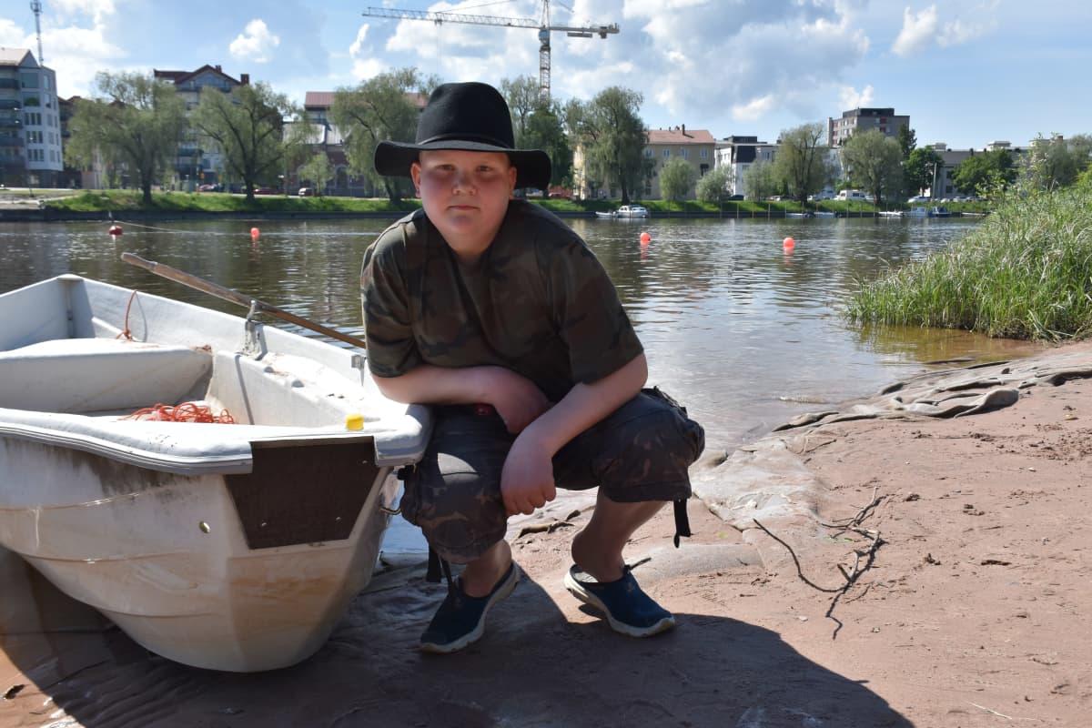13-vuotias porilainen uimpelastaja Noa Stenros