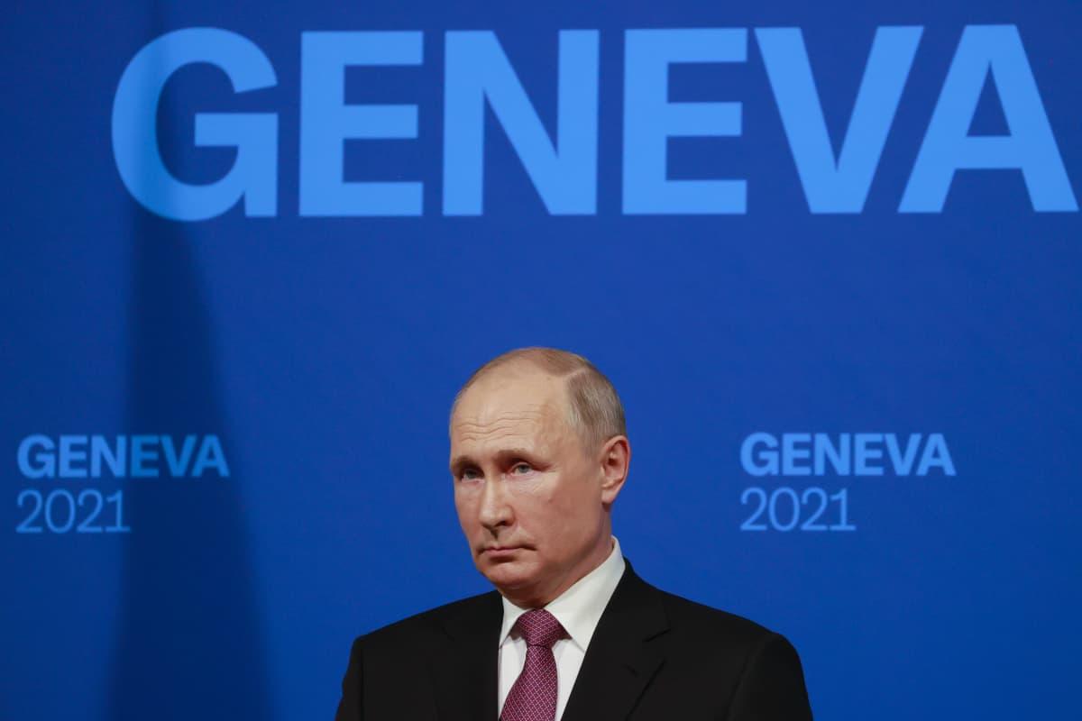 Venäjän presidentti Vladimir Putin piti tiedotustilaisuutensa neuvotteluiden jälkeen Genevassa 16.kesäkuuta 2021.