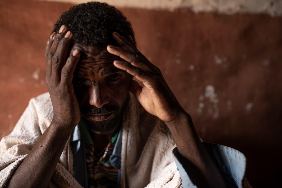 Abraha Gebreanenya menetti koko perheensä eritrealaisten joukkosurmassa.