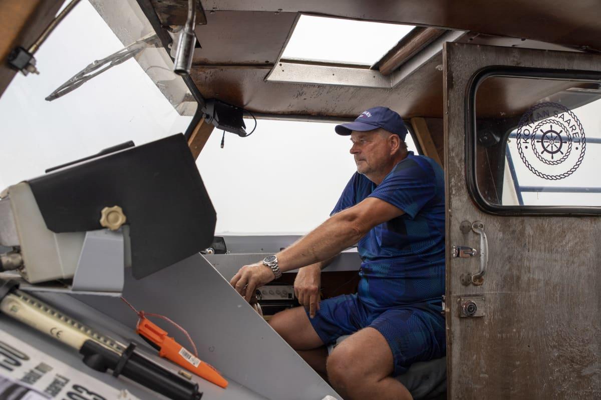 Matkustaja-alus MS Jaanan ruorissa on Olli-Pekka Mäkelä