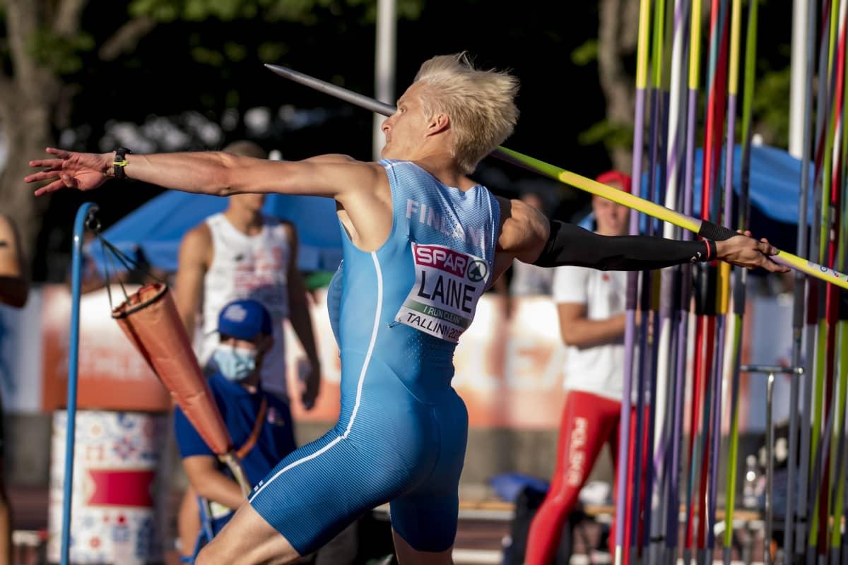 Topias Laine heitti alle 23-vuotiaiden Euroopan mestariksi Tallinnassa heinäkuussa 2021.