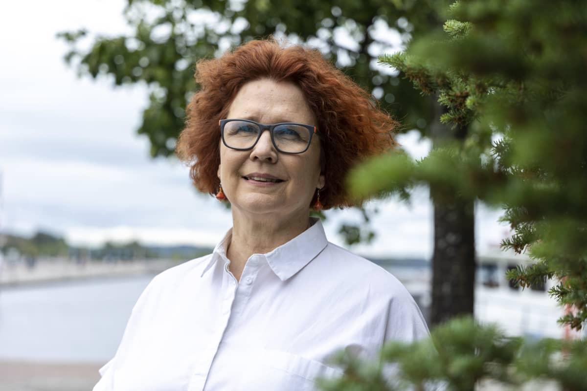 Helena Kantanen, yliopistonlehtori, FT