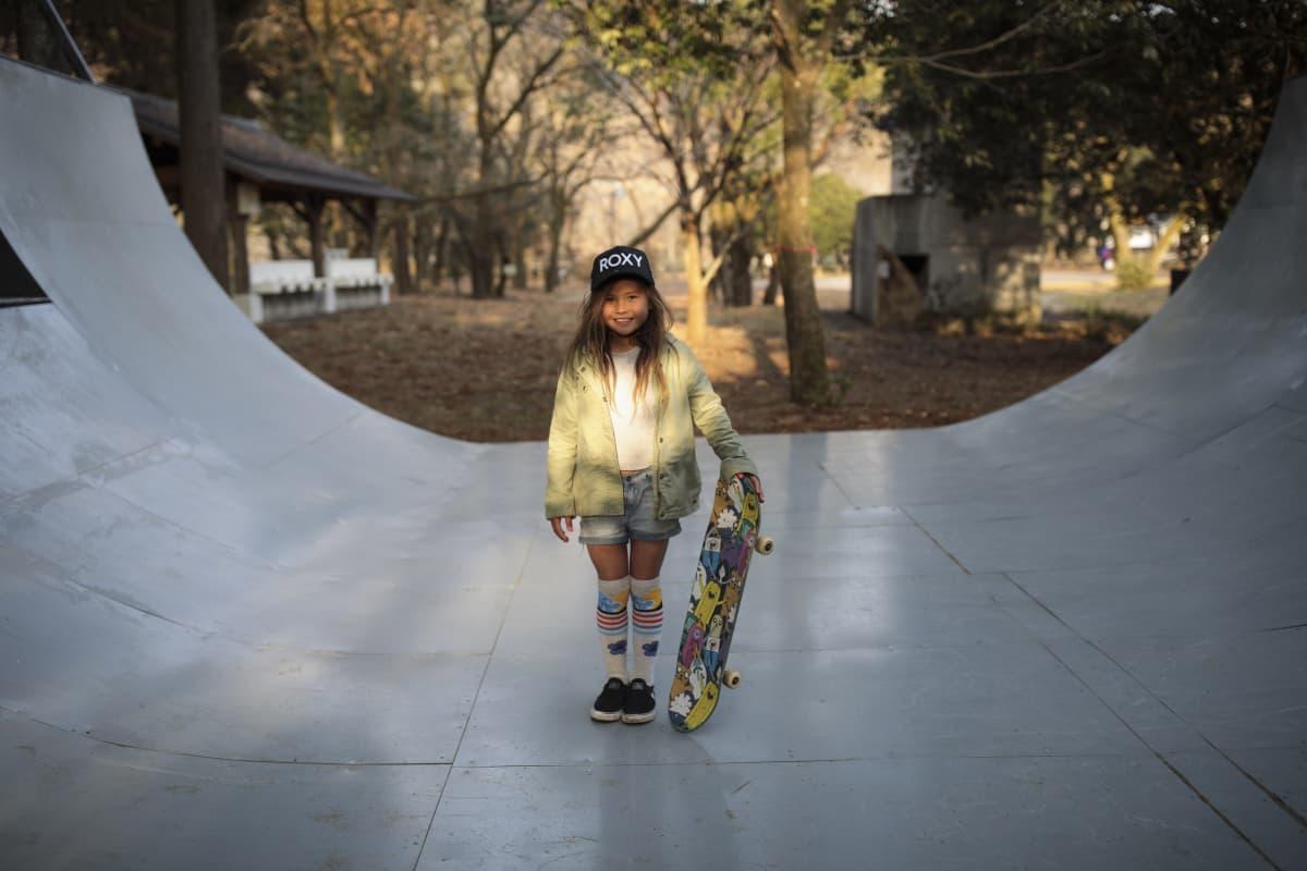 Rullalautailija Sky Brown 9-vuotiaana.