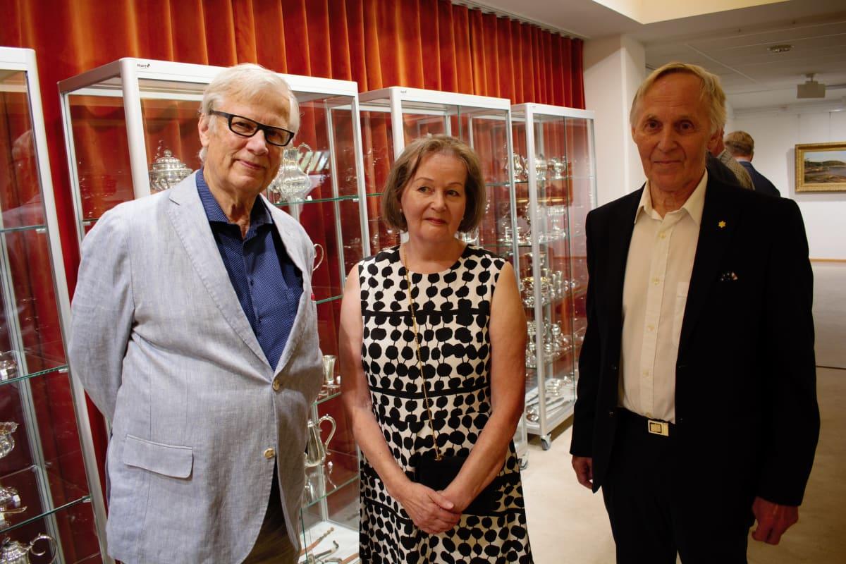 Wenzel Hagelstam ja Anne ja Pentti Siivonen.