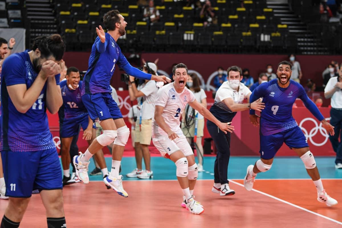Ranska juhlii miesten lentopallon olympiakultaa.