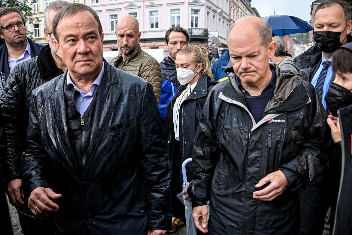 Armin Laschet ja Olaf Scholz.