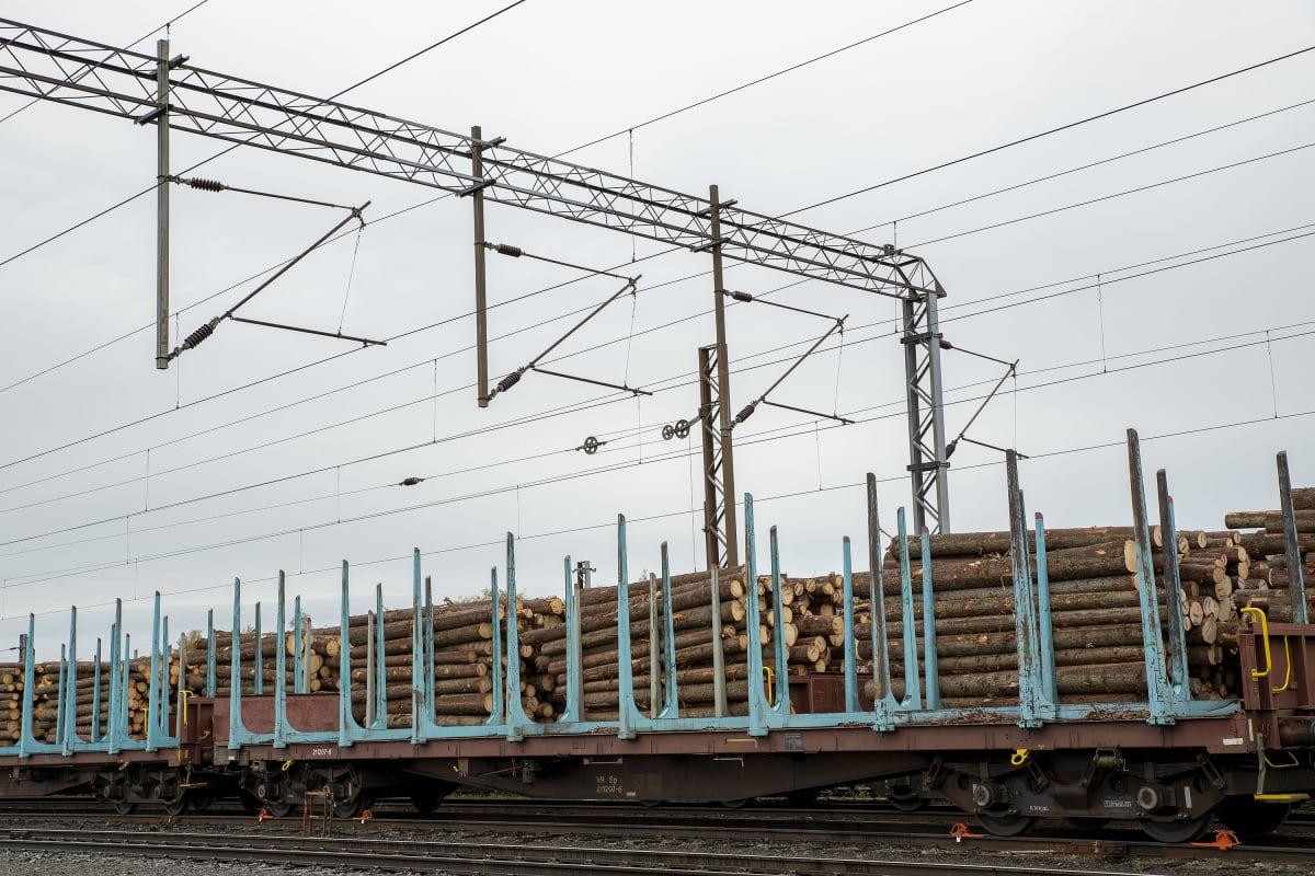 junanvaunu ratapihalla