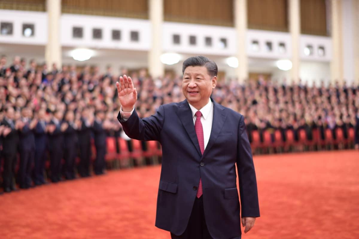 Xi Jinping tilaisuudessa Pekingissä, jossa palkittiin erinomaisesti suoriutuneita puolueen jäseniä.
