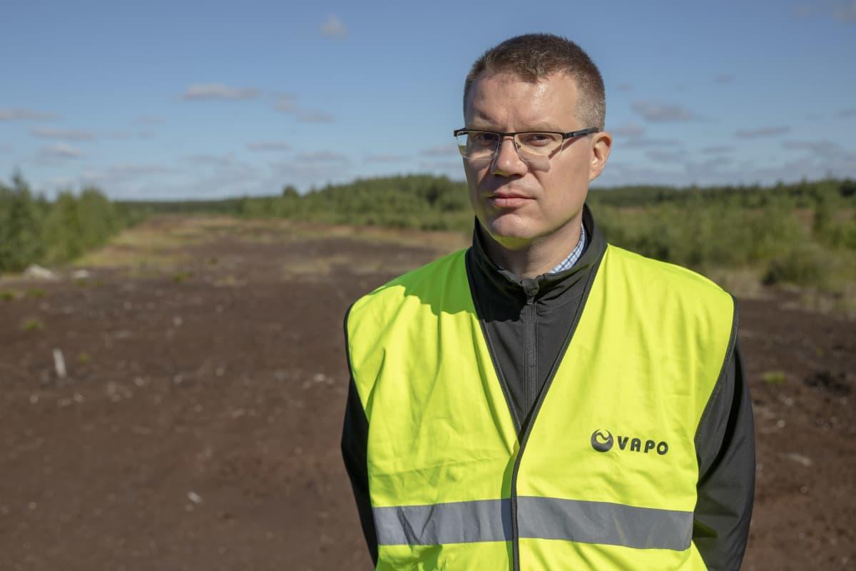 Antti Ala-Fossin entisen turvetuotantoalueen reunalla