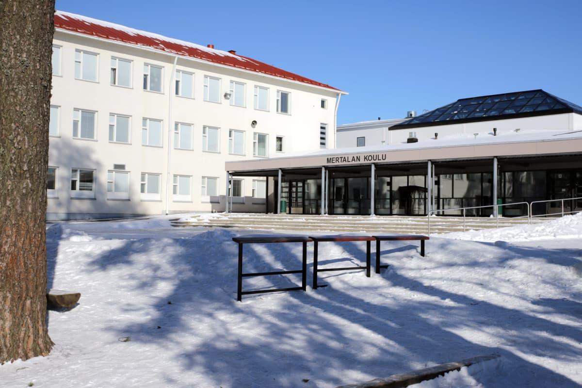 Mertalan koulu Savonlinnassa.