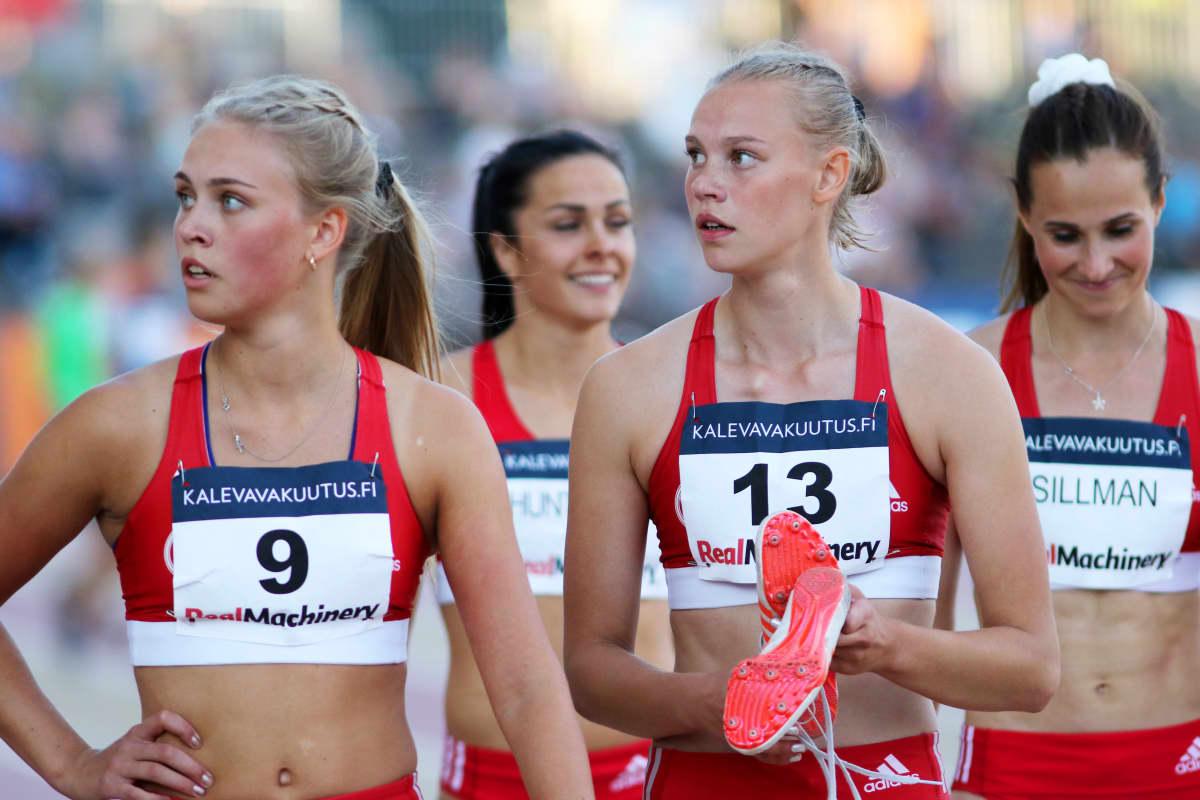 Kuvassa Tampereen Pyrinnöstä kvartetti.Etualalla Vilma Itälinna ja Saga Vanninen, taustalla Maria Huntingtona ja Miia Sillman.