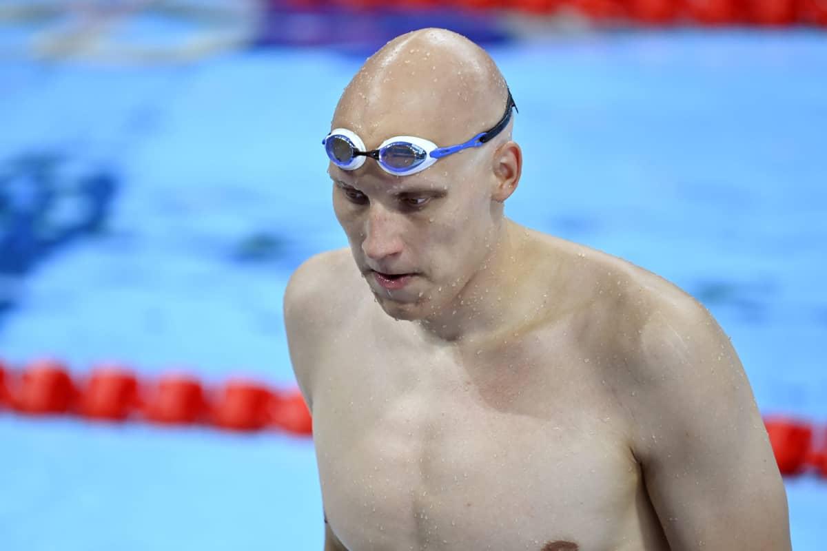 Uimari Matti Mattsson Suomen harjoituksissa Tokiossa.