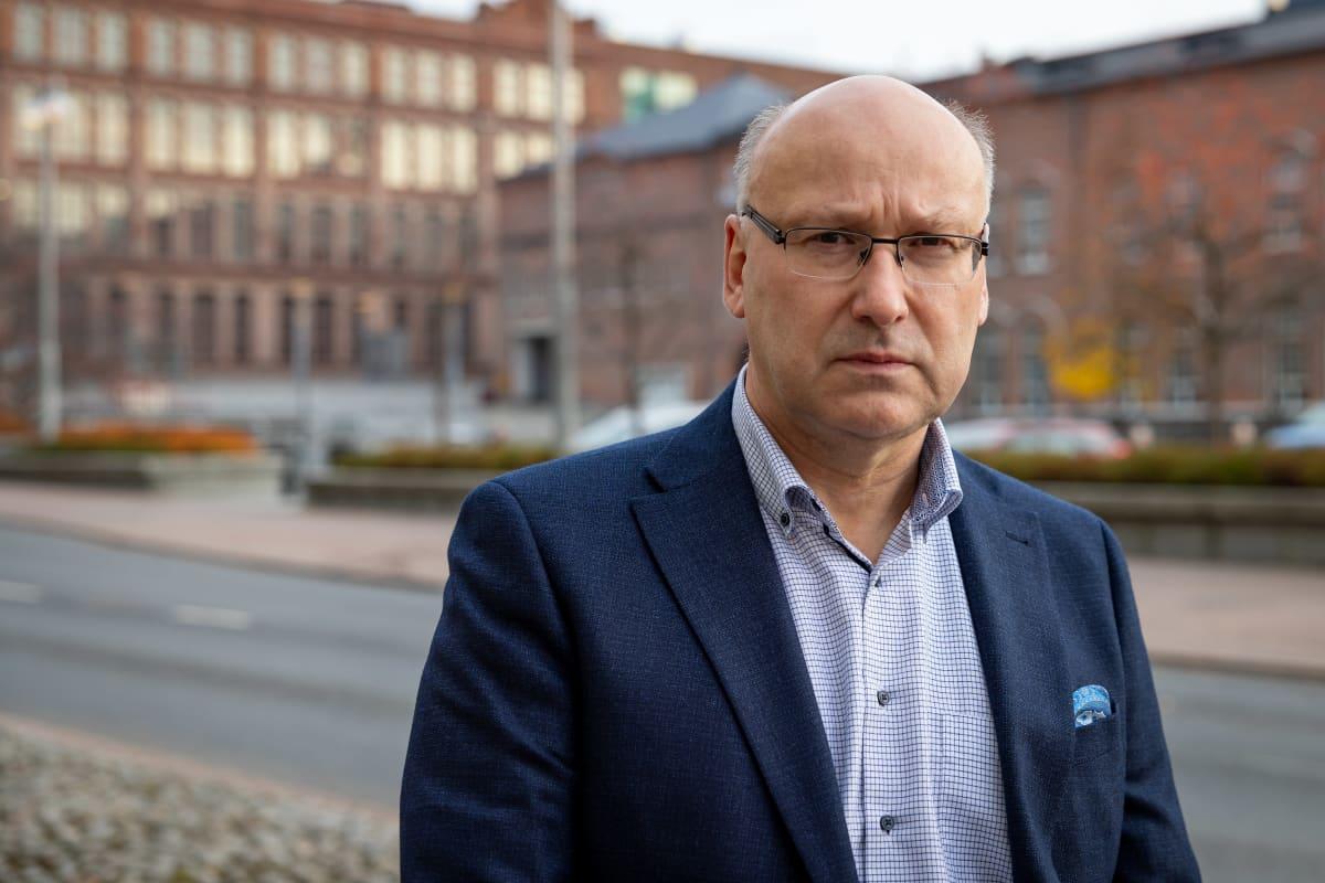 Tampereen kaupungin konsernijohtaja Juha Yli-Rajala