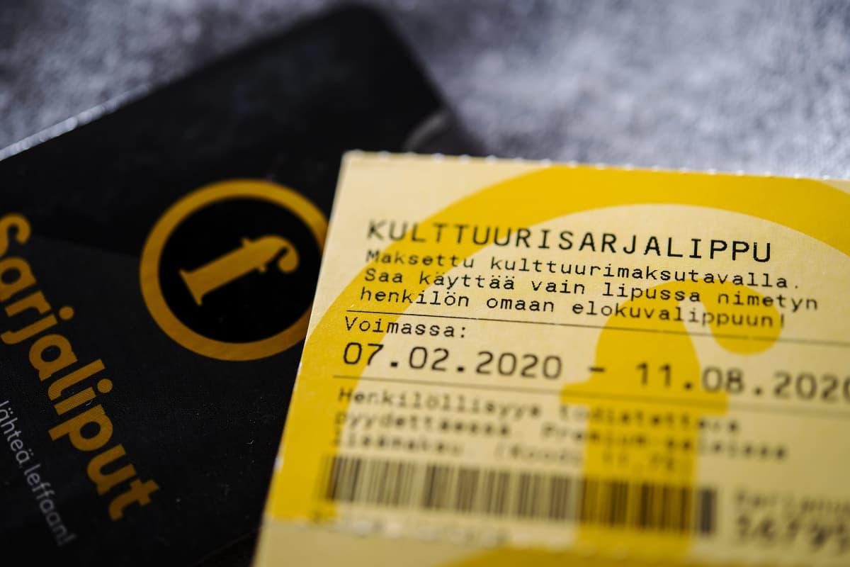 Kulttuuriedulla hankittuja Finnkinon sarjalippuja.