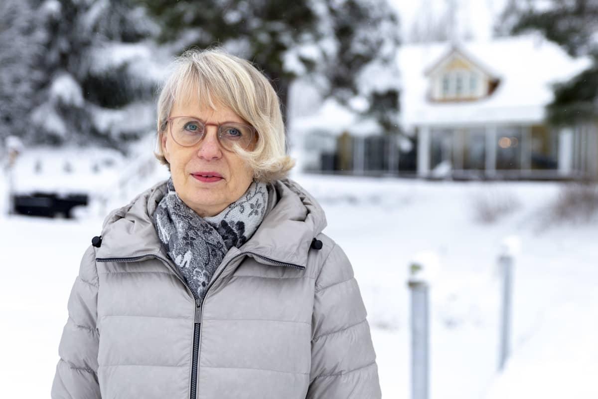 Maire Sainio, Kiinteistövälittäjä, yrittäjä, Kiinteistömaailma