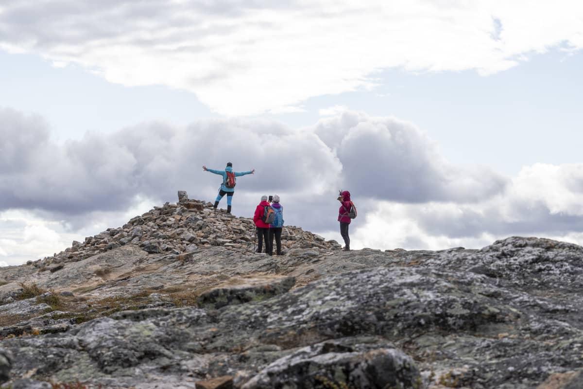 Urho Kekkosen kansallispuiston Kiilopään huippu on suosittu valokuvauspaikka