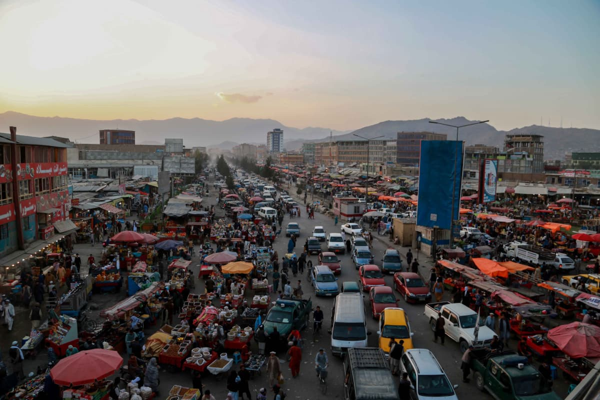 liikennettä Kabulissa