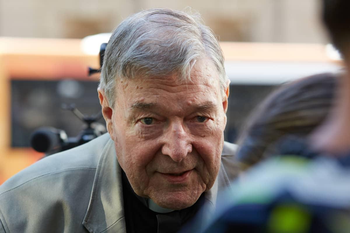Australialainen kardinaali George Pell sai kuuden vuoden tuomion seksuaalirikoksista.