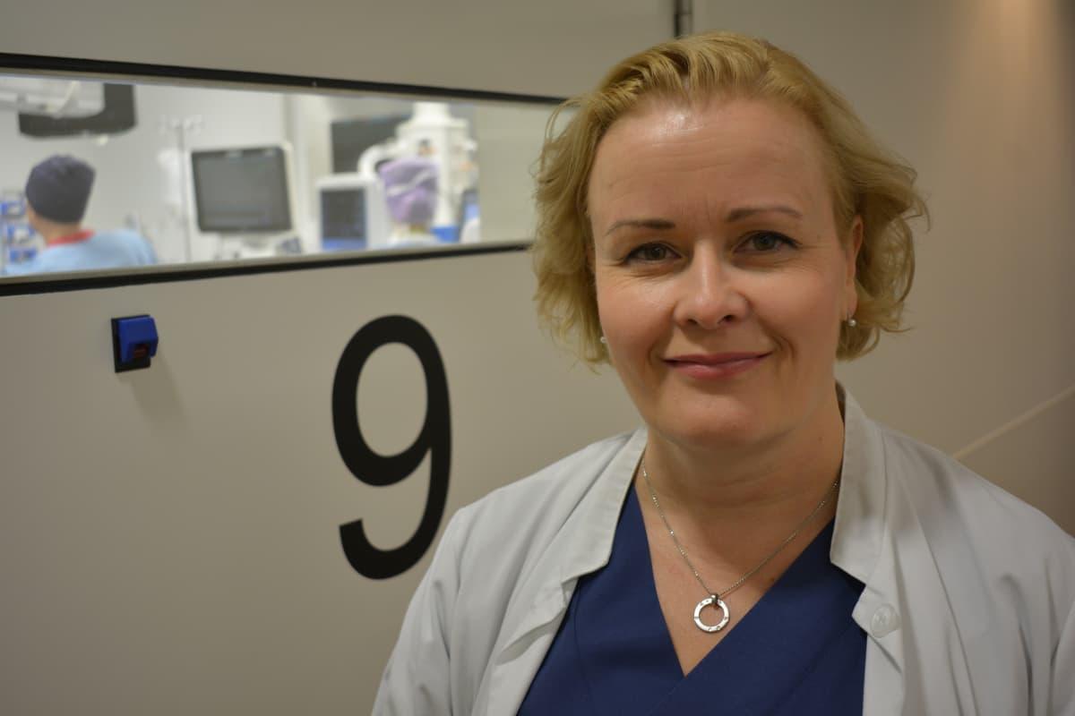 Professori, ylilääkäri Paulina Salminen