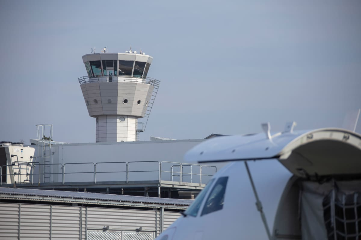 tukholma bromma lentoasema lennonjohtotorni