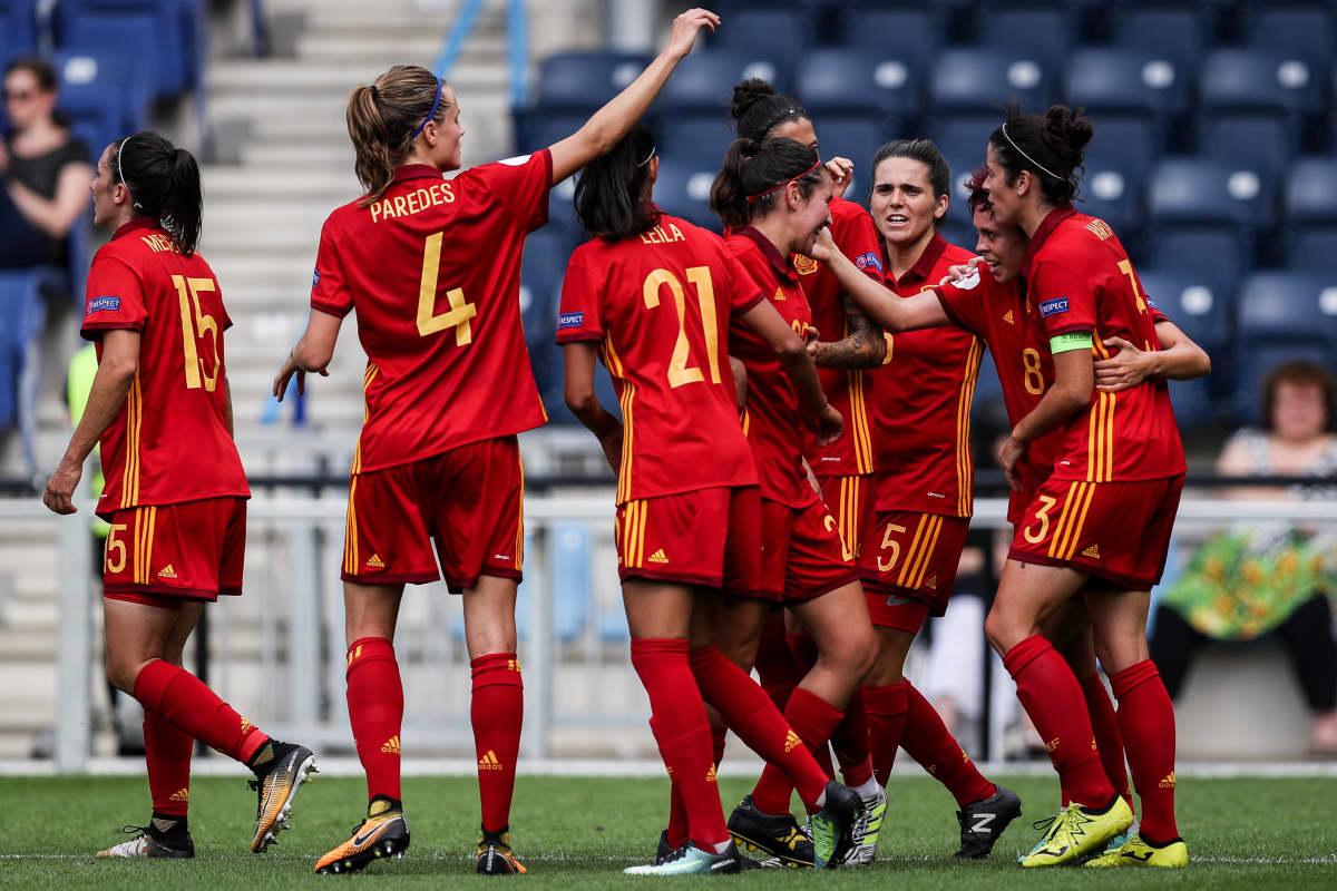 Espanjan naisten jalkapallomaajoukkue