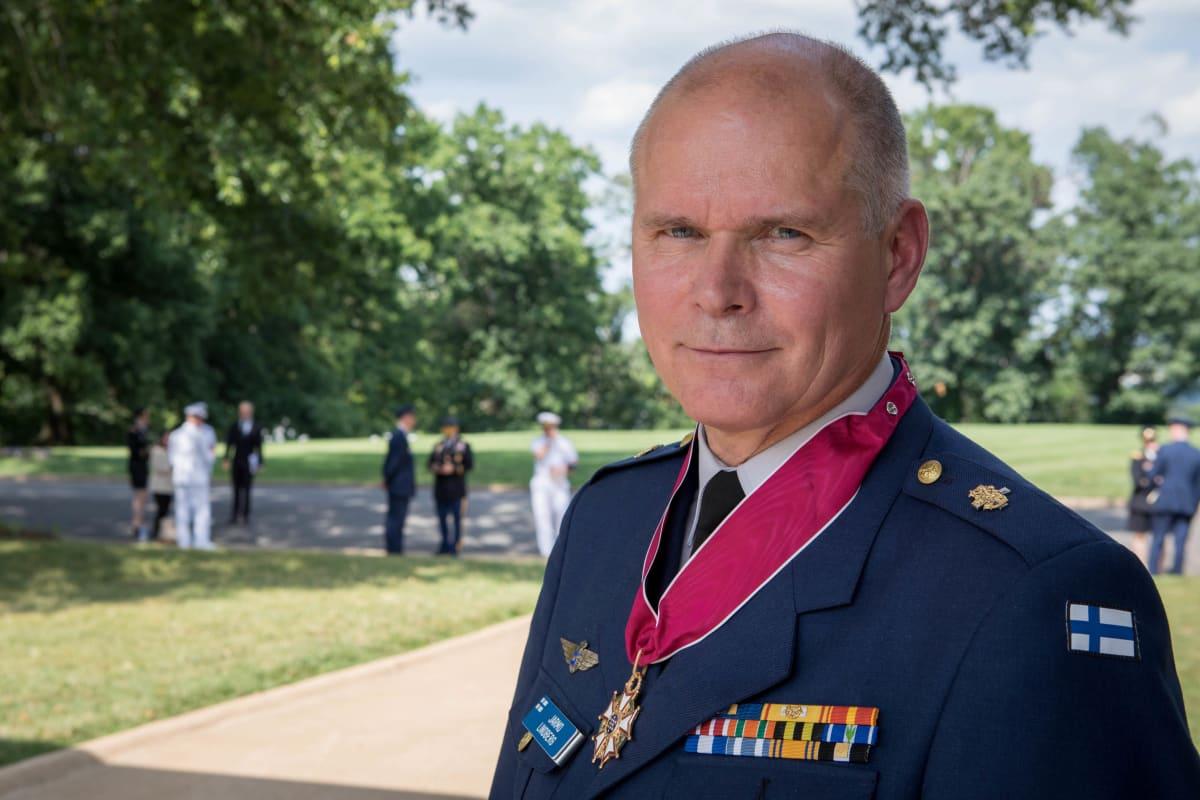 Puolustusvoimain komentaja Jarmo Lindberg on käynyt Washingtonissa 26 viime vuoden aikana vähintään kerran vuodessa.