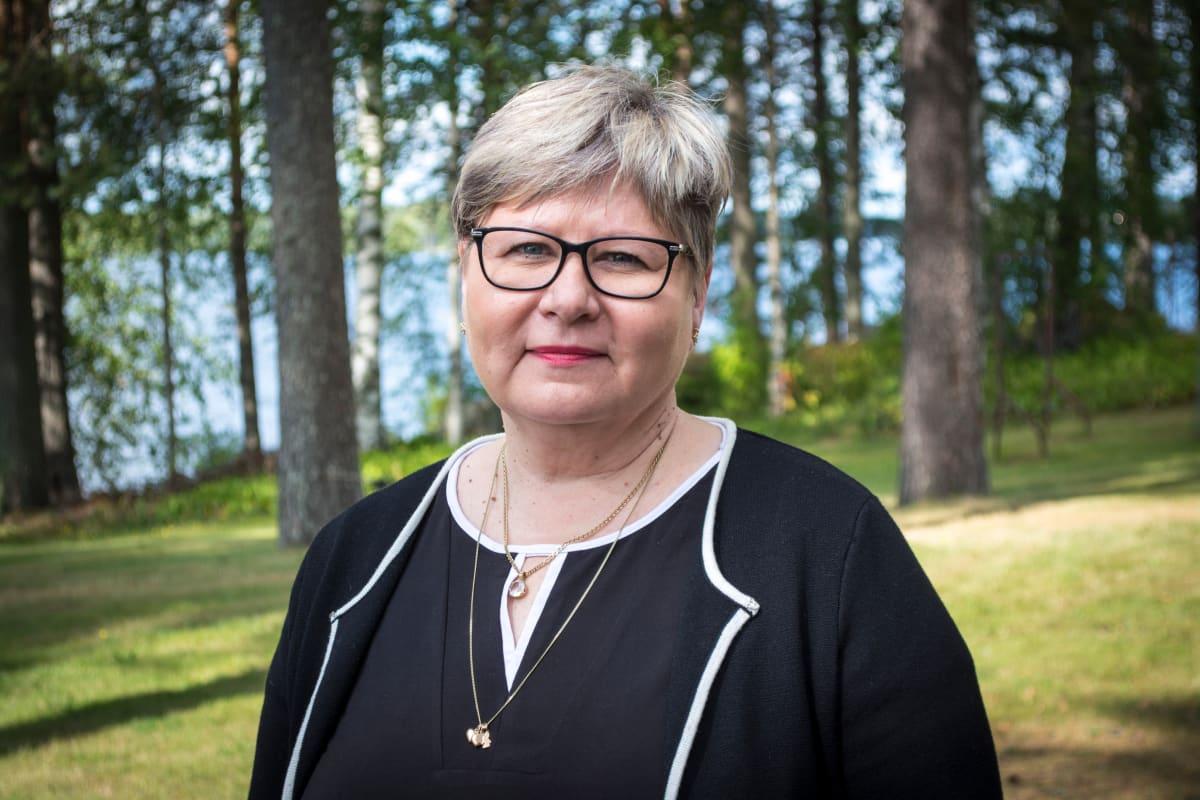 Tervon perusturvalautakunnan puheenjohtaja Maarit Tarvainen.