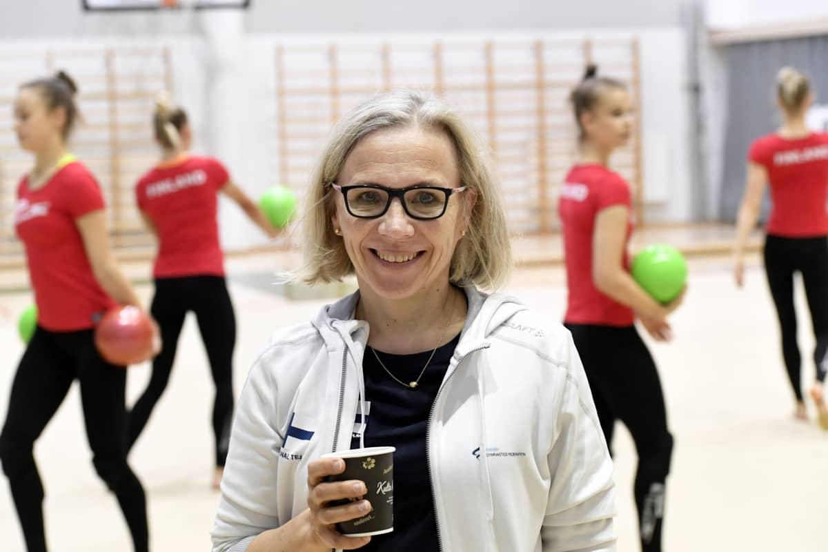 Rytmisen voimistelun valmentaja Laura Ahonen. 10.9.2019