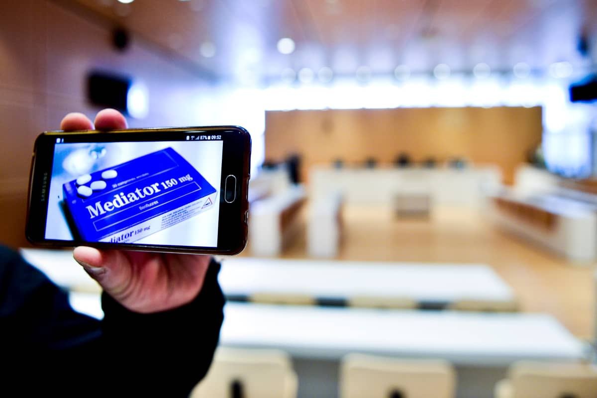 Pariisissa aloitettiin maanantaina yli 10 vuotta valmisteltu oikeudenkäynti, jossa puidaan Mediator-lääkettä.