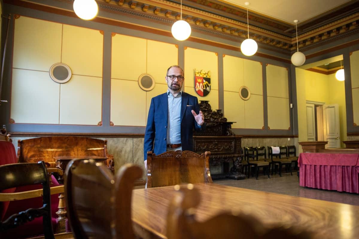 aluejohtaja Jyrki Reinikainen, Senaatti-kiinteistöt