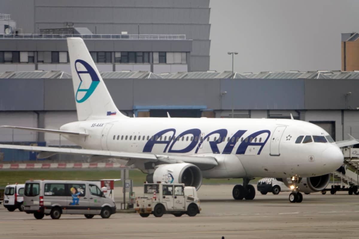 Slovenialainen Adria Airway ilmotti maanantaina hakeutuvansa konkurssiin.