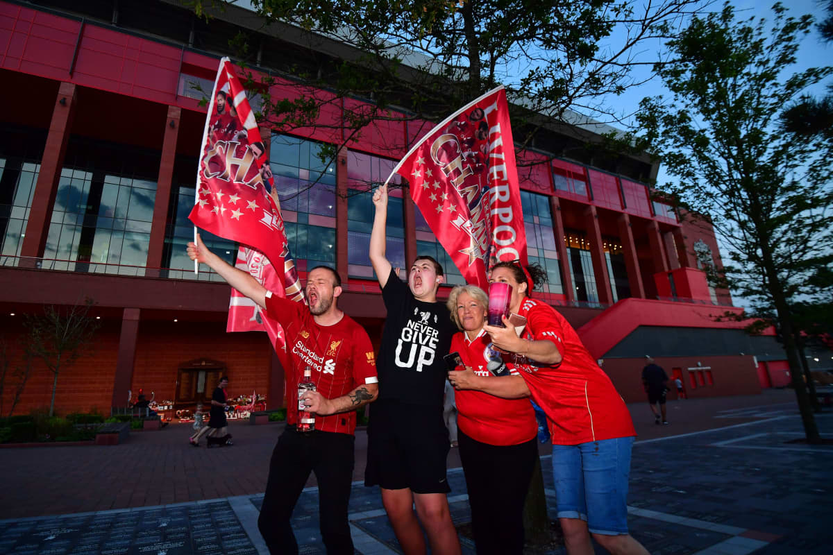 Liverpool-faneja 25.6. mestaruus