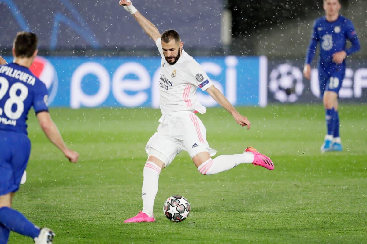 Karim Benzema kuvassa